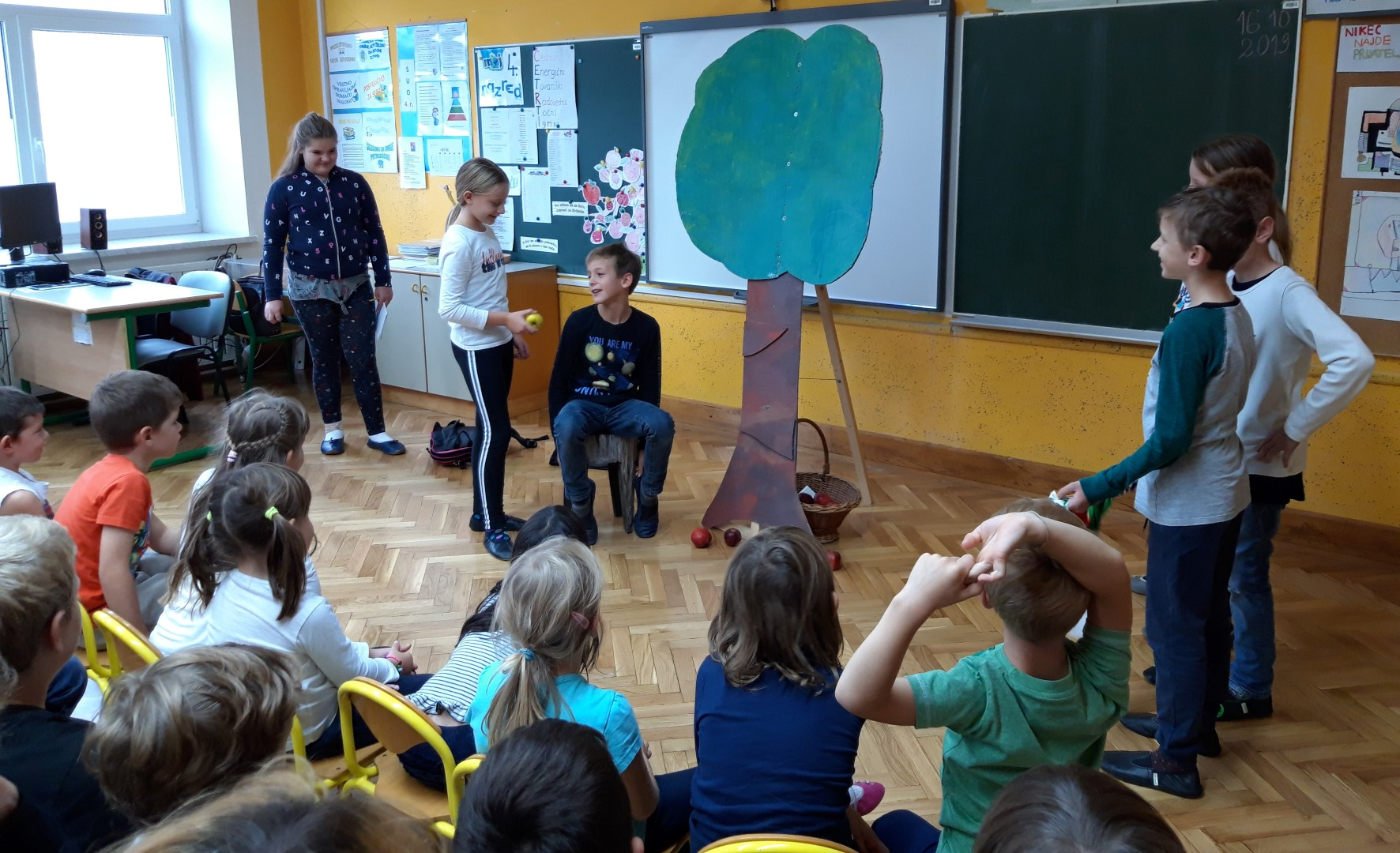 kozjanske-jabke-igra-oc5a1-lesic48dno-pkj-2019-13-10-2019-bp-63_b