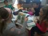 Tretješolci pri pouku